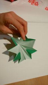折り紙クリスマスツリーの作り方
