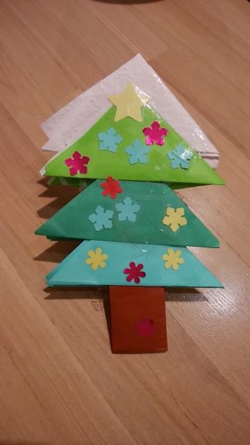 手作り折り紙ツリー